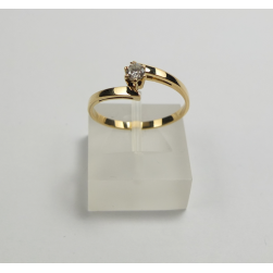 RING IS YELLOW GOLD WITH SHINY