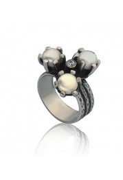 RING WITH PEARL AND ZIRCONIA F. A.